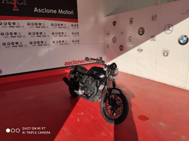 Moto Guzzi - V7 - III Stone